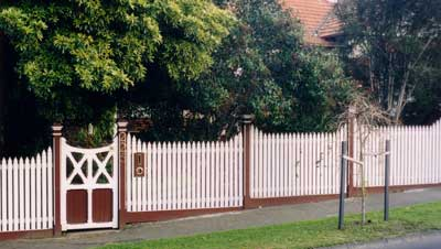 Victorian Fence - feature posts