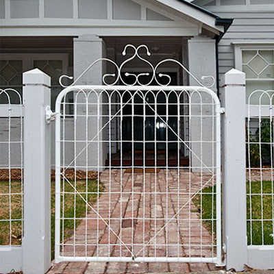 woven wire gate
